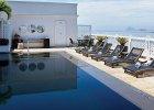 cop-acc-suite-penthouse-black-pool02_2580x3219