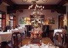 cat-din-restaurant-itaipu03_2580x2580