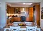winedarkseavillas_villa-artemis-kitchen