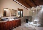 bella_mare_bathroom