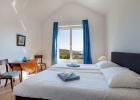 8_Villa_Andora_bedroom.jpg