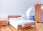 Bonaca_9431_bedroom2.jpg