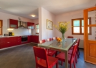6_Dane_Hvar_dining_area_kitchen.jpg