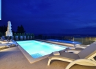 10_Villa_Leo_Brzet_pool_evening.jpg