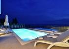 10_Villa_Leo_Brzet_pool_evening.jpg