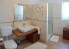 10_Villa-Lukrecia_buthroom2.jpg