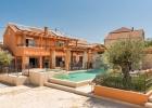 Villa_Maris_Bicine_swimming_pool.jpg
