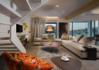 6_Villa_Maura_jacuzzi_living_room.jpg