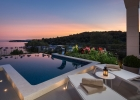 10_Villa_Maura_swimming_pool_evening.jpg