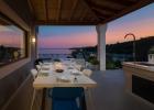 11_Villa_Maura_terrace_evening.jpg