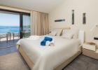 7_Villa_Maura_bedroom.jpg