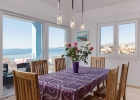 5_Villa-Mermaid_dining_area.jpg