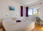 6_Villa-Mermaid_bedroom1.jpg