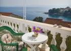 2_Pupa_Sumartin_terrace.jpg
