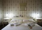 9_Pupa_Sumartin_bedroom1.jpg