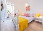 6_Villa_Skalinada_bedroom.jpg