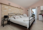 12_villa_valentina_bedroom2.jpg