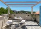 2_Vicina_Milna_terrace_view.jpg