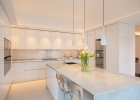 6_Villa-Violet_Sumartin_kitchen.jpg