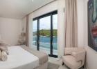 8_Villa-Violet_Sumartin_bedroom2.jpg