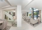 5_Villa-Violet_Sumartin_living_area2.jpg