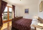 8_Villa_Vjeka_Sumartin_bedroom_interior.jpg