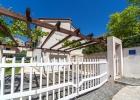 9_Villa_Zivana_Dugi_rat_frontyard.jpg